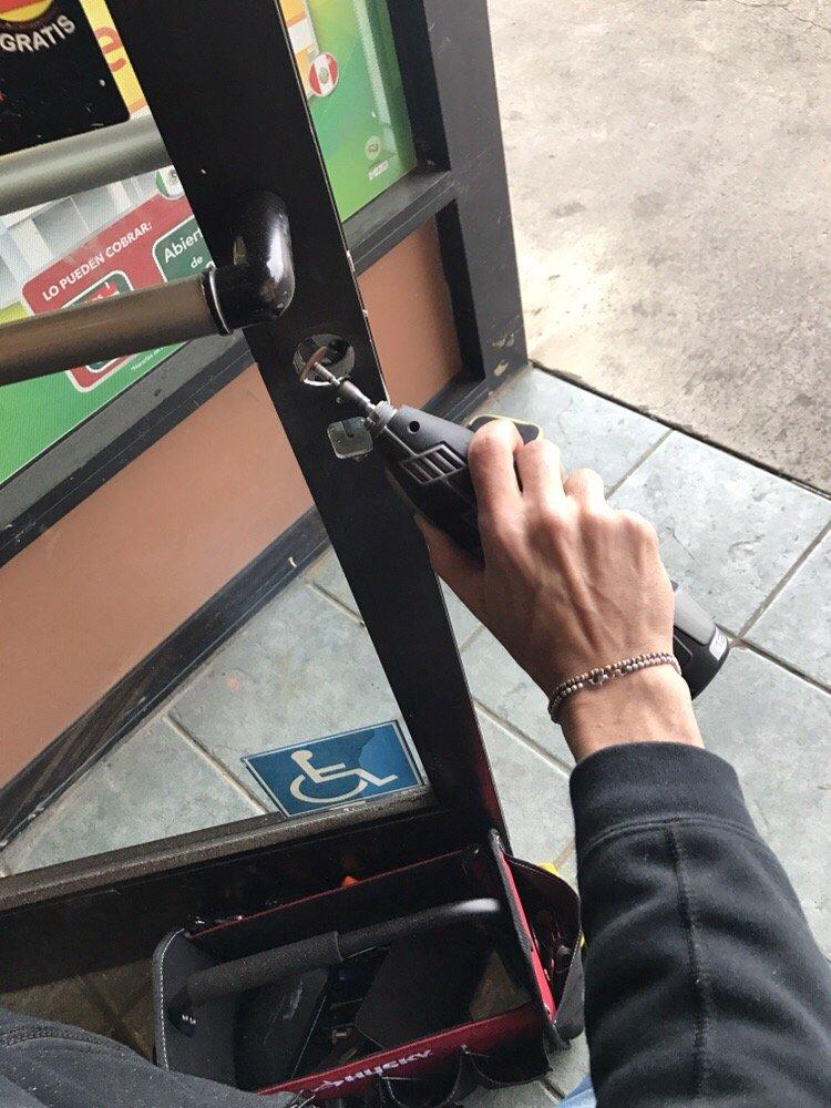 Master Locksmith Lock Replacement